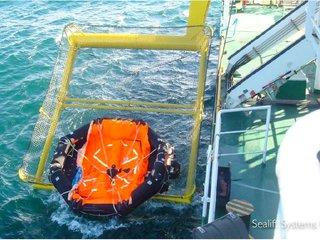 Life raft Nor Solan3.jpg